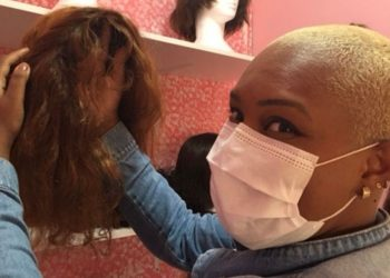 Chemotherapy meant the loss of hair for Cátia da Motta. A beautiful wig helped restore her self-esteem. The Wig Bank hopes to help with that. (Luciano Nagel/Zenger)